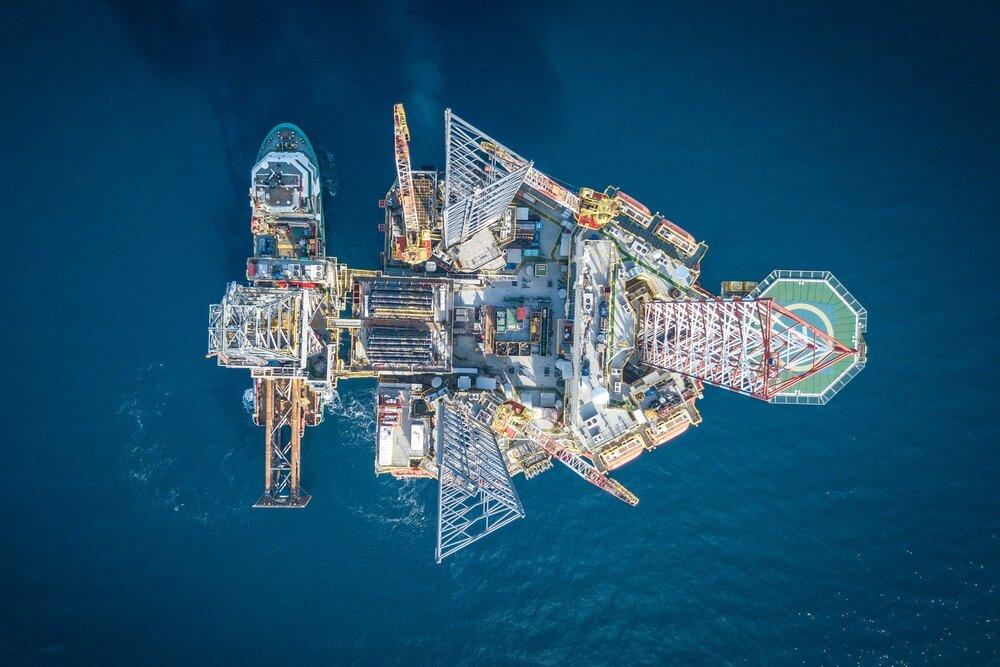تا انتهای سال بعد، قیمت نفت به ۵۰ دلار هم نمی رسد!