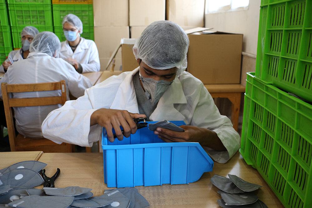 کرونا کمر تولید را شکست  دولت مانعی بزرگ بر سر راه بخش تولید