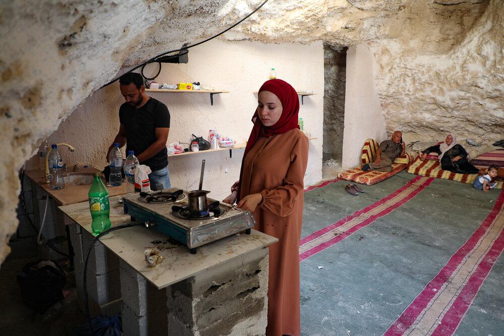 زندگی خانواده فلسطینی در غار
