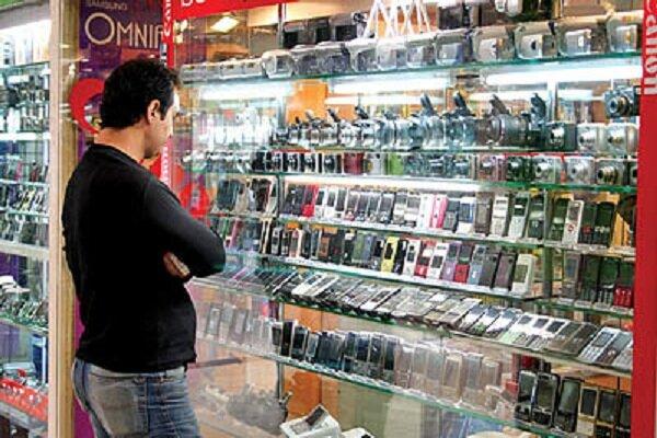 قیمت روز انواع تلفن همراه در ۱۰ خرداد ۱۴۰۰