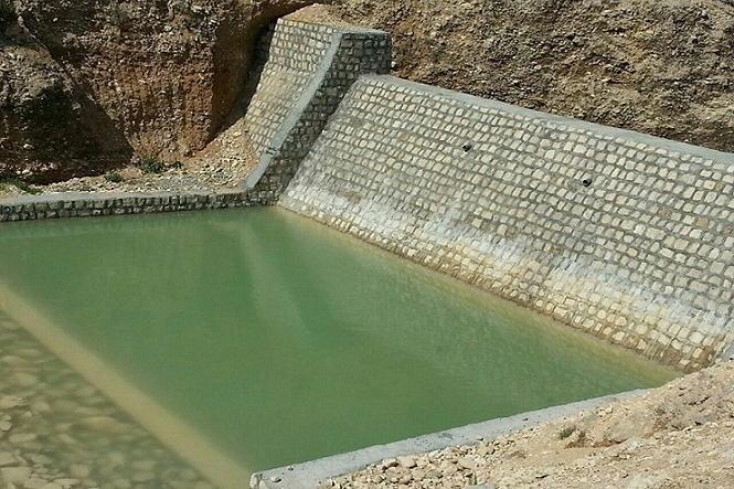 کنترل سیلاب های فصلی با ایجاد سازه های آبخیزداری در دهلران