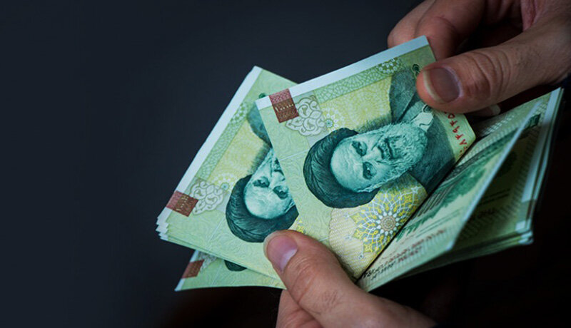 اطلاعات کارمندان و پرداختهای آنها در سامانه کارمند ثبت می شود