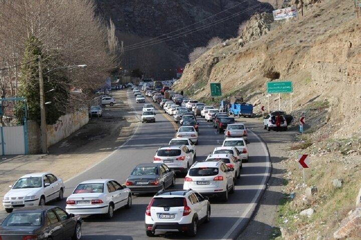 کاهش ۱۳ درصدی تردد در جادههای استان همدان/ ۷۴ دستگاه تردد شمار فعال است