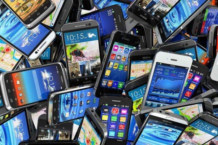 قیمت روز انواع تلفن همراه در ۳۰ فروردین ۱۴۰۰