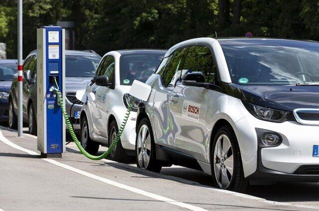 رونق تولید خودروهای الکتریکی در جهان و  زیرساختهایی که هنوز در ایران آماده نیست!