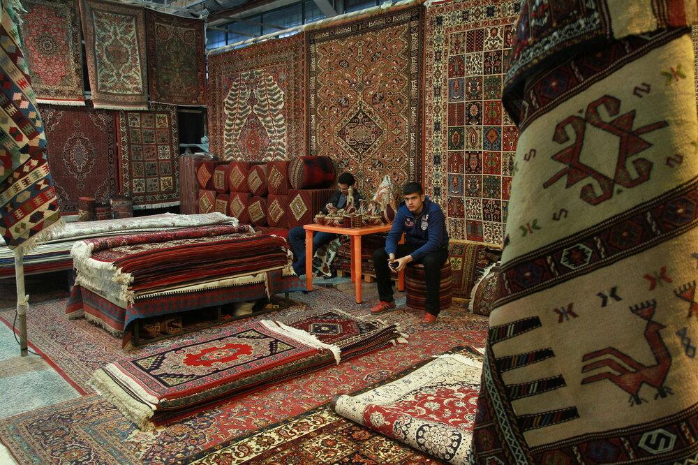 ۹۰ درصد فرش بافته شده در استان همدان صادر میشود