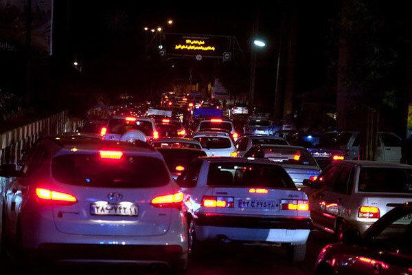 جریمه ۵۱۰ هزار تومانی هم کارساز نشد؛ بیشترین بار ترافیک در اتوبان تهران- قم