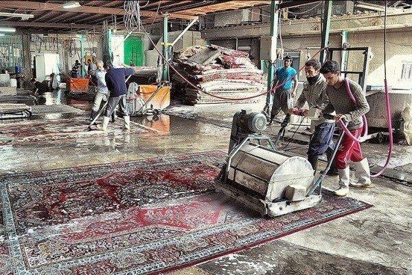 اوج کار قالیشویی های همدان در روزهای پایانی سال