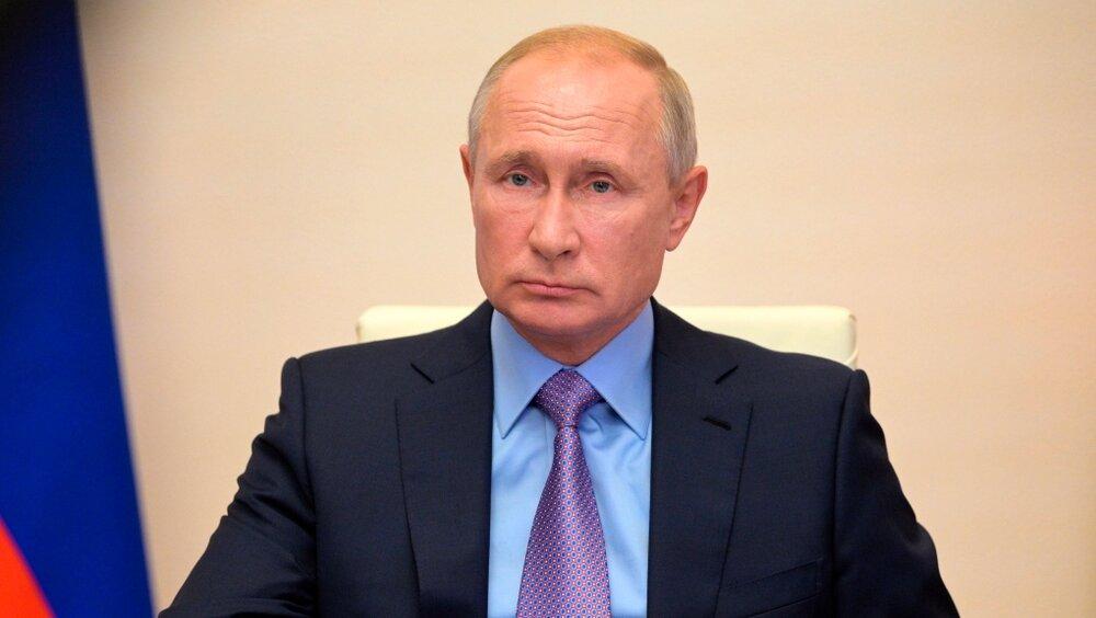 روسیه برای عرضه انبوه واکسن کرونا با کشورهای دیگر همکاری میکند