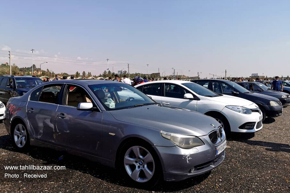 در فضای کور رقابتی قیمت خودرو را تعیین می کنند