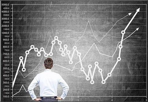 رکورد شکنی بازار سکه و طلا نشان از عدم موفقیت بازارهای همعرض است