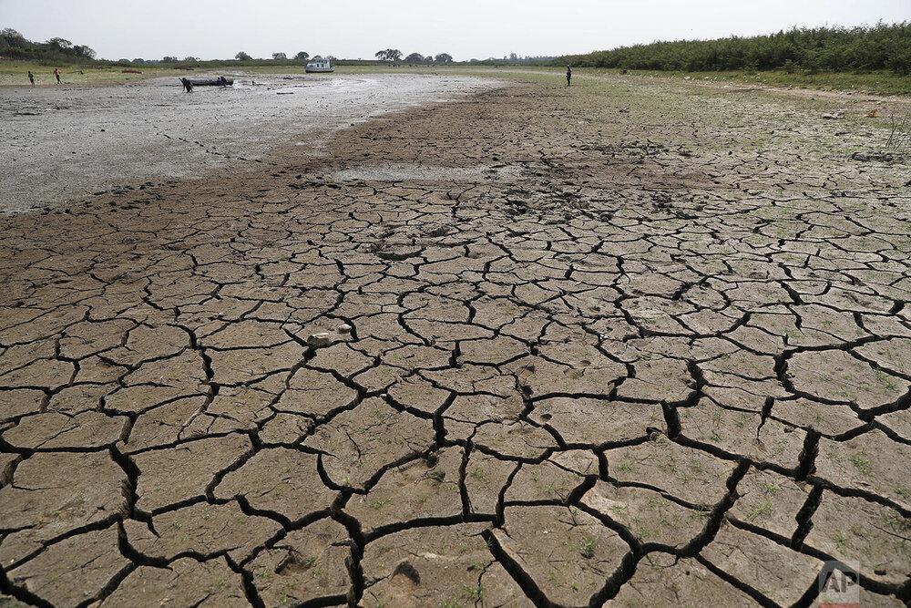 کاهش سطح آب رودخانه پاراگوئه