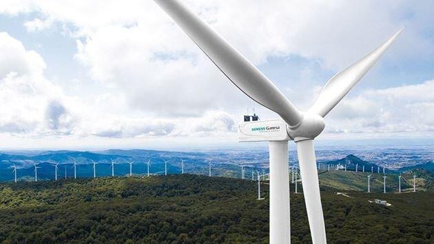 ۹۰ درصد نیروگاه های جدید در سطح جهان تجدید پذیر هستند