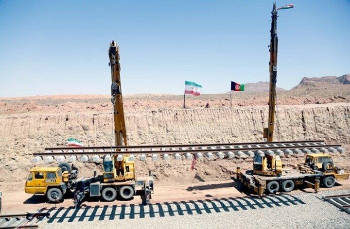 راه آهن خواف-هرات، به بهره برداری میرسد