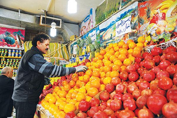 بازار گرانی میوههای پاییزی در کرمان؛ افزایش قیمتها سبد خانوار را خالی کرد