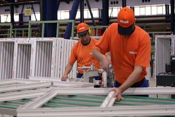 پنل های خورشیدی روشنی بخش کارخانه «کیان وینسا»/ طرحی جدید که به ۴ سال رکود پایان میدهد