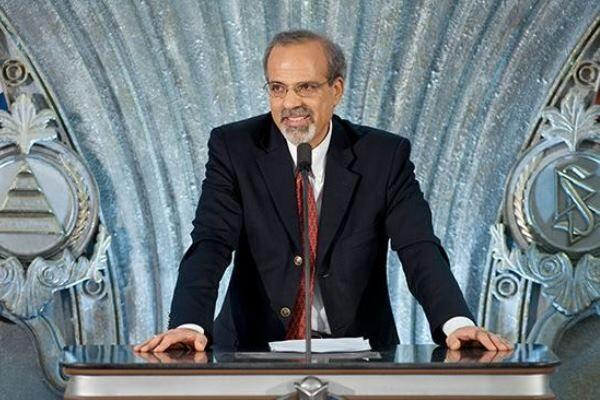 تحریم نفت ایران ذیل عنوان تروریسم اقدامی نمایشی بود/ رئیس جمهور بعدی امکان لغو تحریمها را دارد
