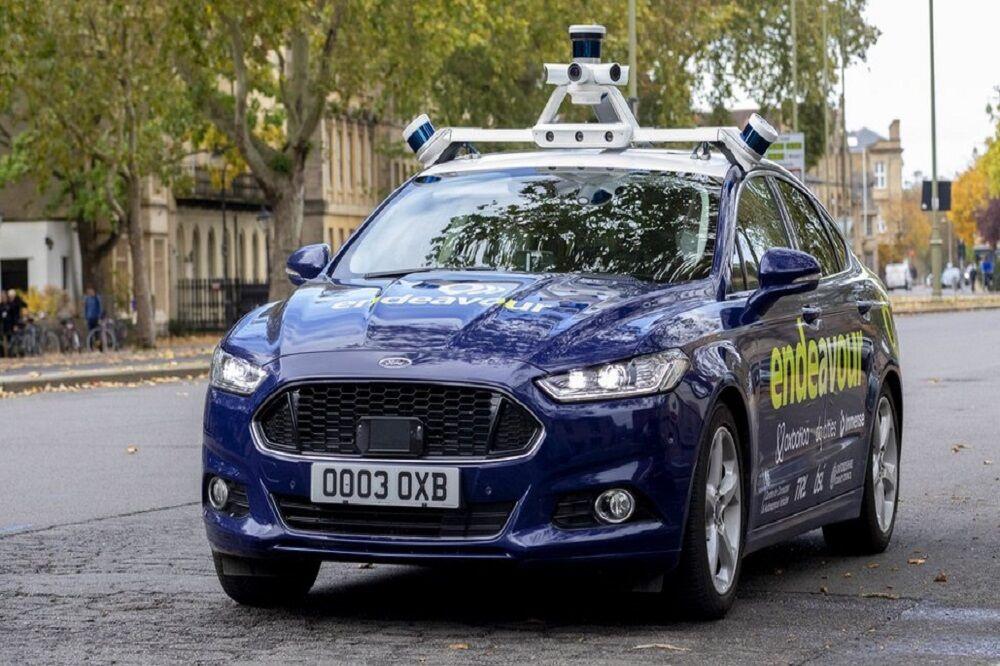 ویژگی خودروهای «خودران»| از سیستم ارتباط خودرو به خودرو تا قابلیت های بی نظیر کنترل هوشمند