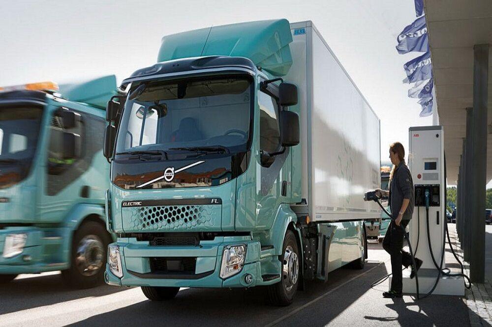 سال ۲۰۲۰ اولین کامیون سنگین برقی ولوو به جاده میآید