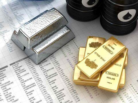 صعود نفت؛ تردید طلا