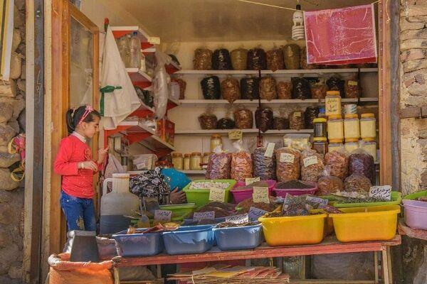 رونق بازارچه های فروش محصولات کشاورزی در روستای توریستی کندوان