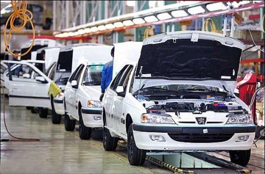 عرضه  خودرو در بورس برای خودروسازان راهگشا نیست/ بورس، طرحی برای قطعه سازان