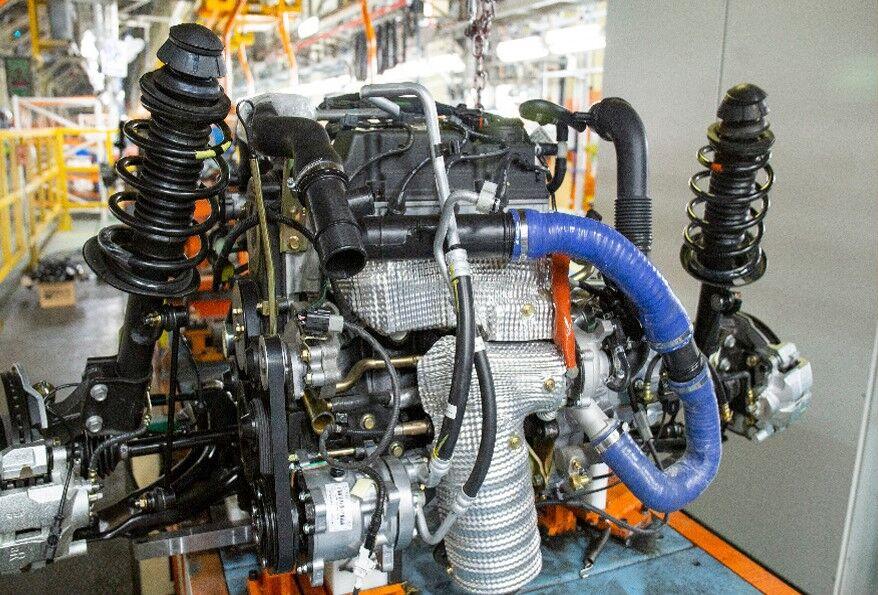 نمونه سازی قطعات موتور شاهین توسط تامین کنندگان داخلی