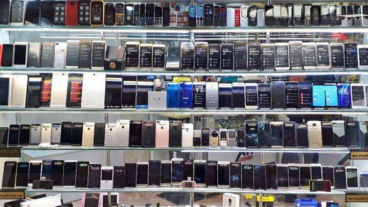 قیمت روز انواع تلفن همراه در ۱۹ فروردین ۱۴۰۰