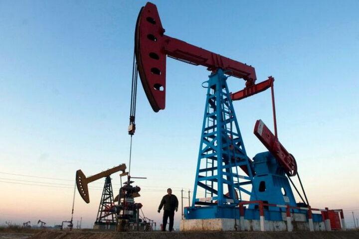 ایالات متحده آمریکا در تلاش برای از بین بردن جایگاه نفتی ونزوئلا