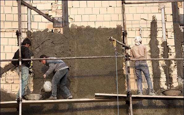 بیسامانی در طرح ساماندهی کارگران ساختمانی؛ پای مدیریت واحد لنگ میزند