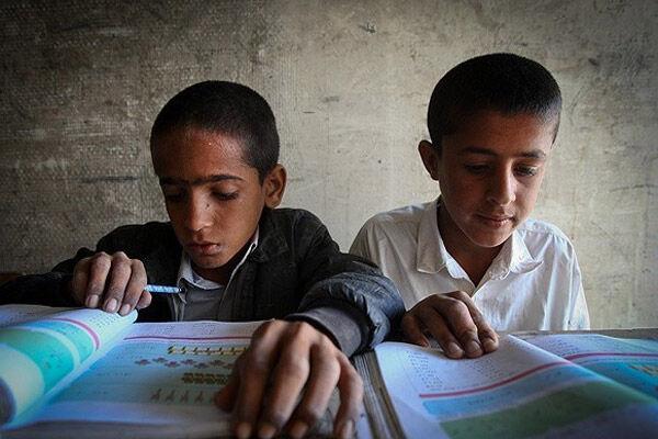 چرا نظام آموزشی ایران در سال گذشته ۵۰ هزار میلیارد پول از مردم گرفته است؟
