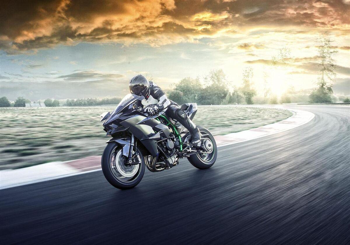 موتور سیکلت های قوی نسل جدید به بازار می آیند/ نهایت هیجان و سرعت روی دوچرخ!