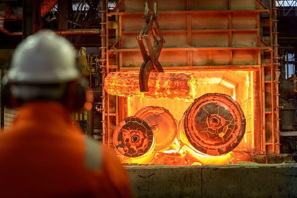 کاهش تولید فولاد در چین