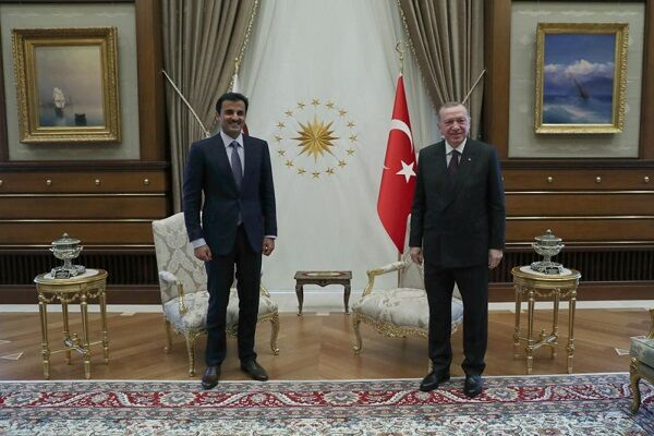 خیز قطر برای نجات لیر ترکیه| خرید ۱۰ درصد بورس استانبول توسط دوحه