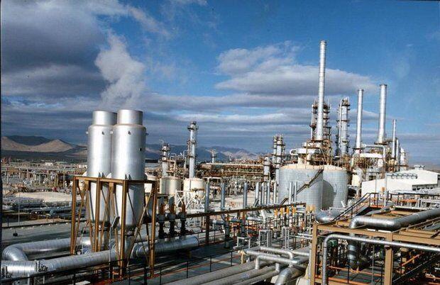 بهره برداری از اسکله نفتی حرا و پالایشگاه نفت سنگین قشم تا پایان سال