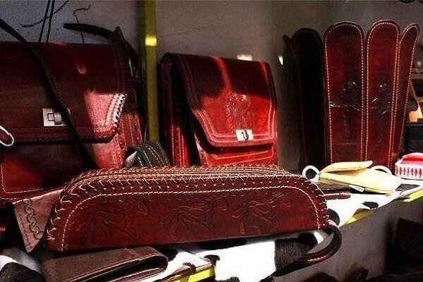 صادرات محصولات چرمی زنجانبه شکل چمدانی است/ فعالیت ۲۷۰ صنعتگر