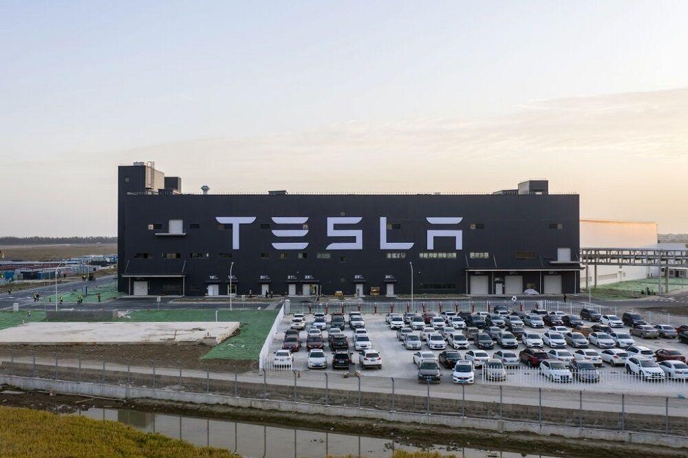 ورود اولین محموله خودروهای برقی تسلا از چین به اروپا