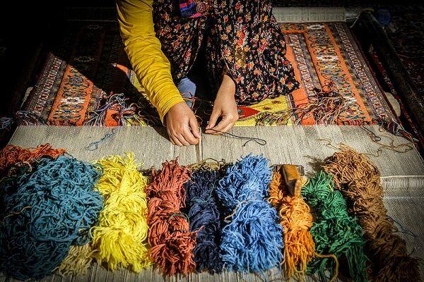 قیمت تمام شده بالا؛ دلیل اصلی ریزش خریداران صنایع دستی