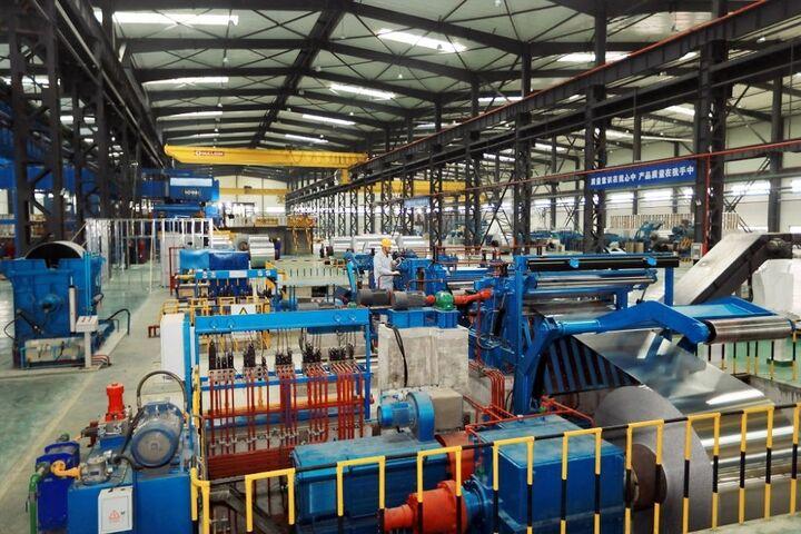 بررسی نتایج الگوی کلانسنجی بخشهای صنعت، معدن و تجارت ایران