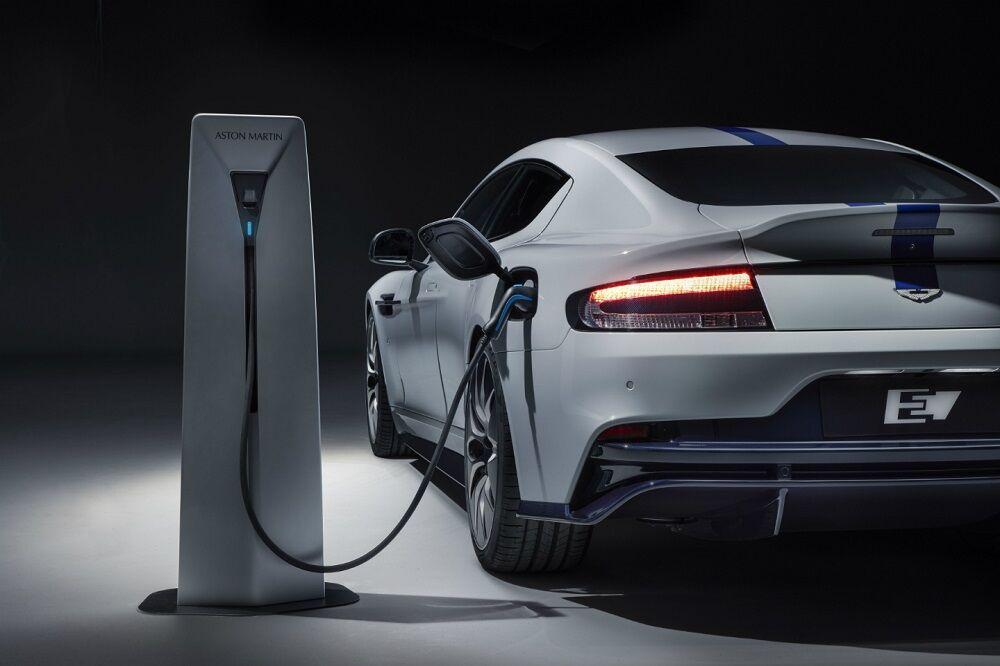 خودروهای الکتریکی مصرف برق جهان را دو برابر میکنند