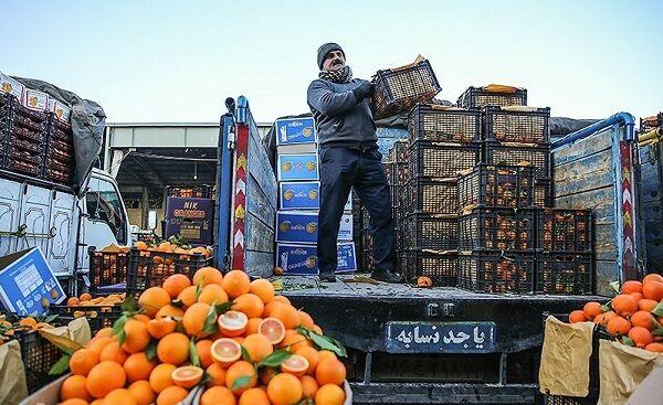 موز به قیمت یارانه؛ بازار میوه شب عید کساد است