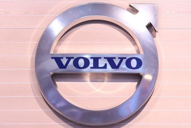 توقف تولید و بیکاری کارکنان شرکت خودروسازی «ولوو» و «رنو»