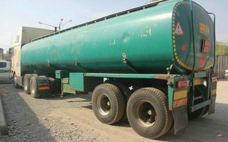 کشف محموله ۳۳ هزار لیتری سوخت قاچاق در بندرعباس