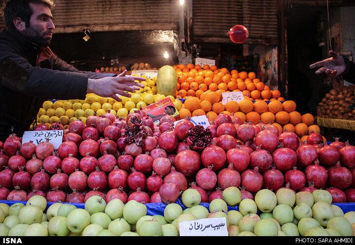 بازار سرد یلدا در شیراز؛ قیمت هایی که سر به فلک کشید