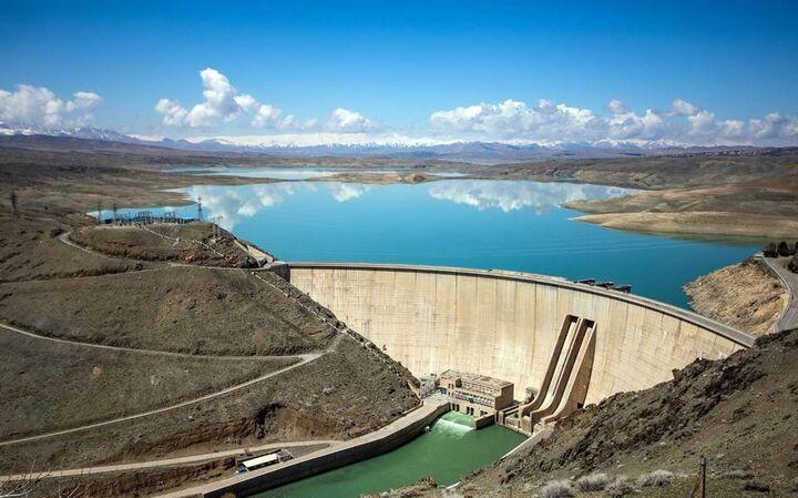 فقط ۱۴ درصد سد زاینده رود آب دارد