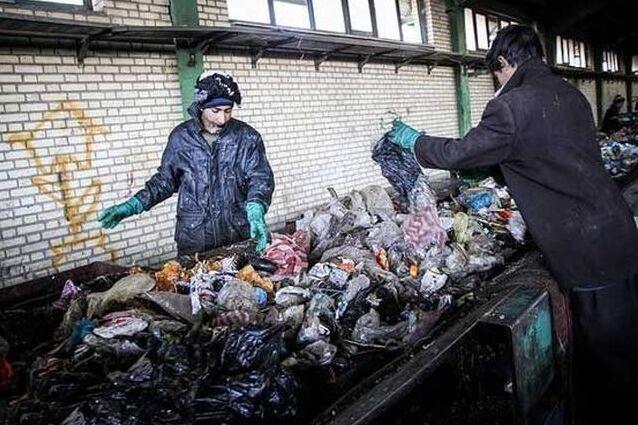 ۱۰۰ میلیارد تومان در جیب سودجویان بازیافت در کرج؛ ۹۰ درصد زباله ها در البرز دفن می شود