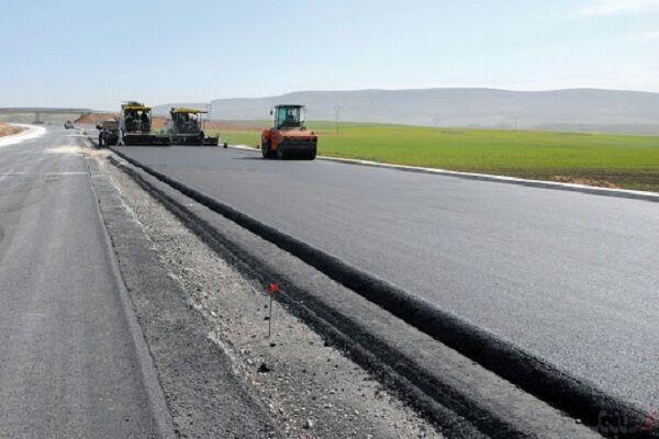 بهسازی و روکش ۲۰۰ کیلومتر از راه های مواصلاتی استان همدان