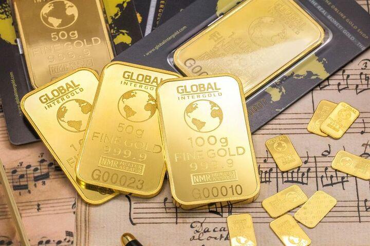 طلا سال بعد برای خوشبینها ۲۳۰۰ دلار؛ بدبین ها کمی ارزانتر می ارزد| سال ۲۰۲۱ نقره می تازد