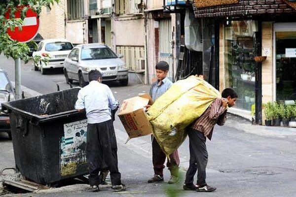 طلای کثیف در شیراز متولی ندارد؛ معتادان سلطان زباله های شهر