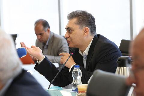 درخواست جلوگیری از صدور بخشنامههای جدید در روزهای پایانی دولت